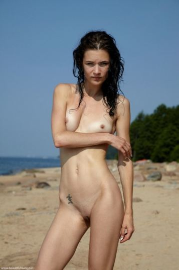 tube8 Beautiful Teen Girls At Beach