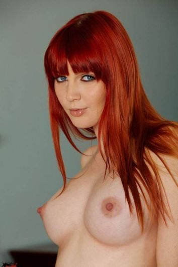 Incendiary Sexy Redhead Babe Topless In Teen Porn Nude Boobs