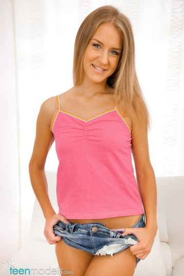 tube8, blonde Mandi Young Throats Blonde Clothed Teen Jean Shorts Nice Smile