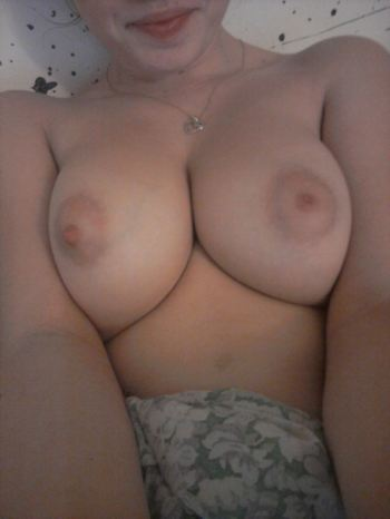 Perfect Boobs Teen Self Shot