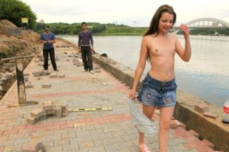 tube8 Porn Teen Titless Juliette D Posing With Migrant Workers