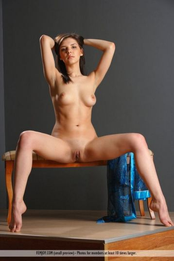 tube8 Sitting Sexy Beautiful Nude Boobs Teen Model Nude Adult Caprice
