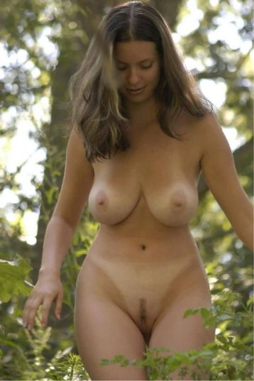 tube8 Teen Flashing Outdoors