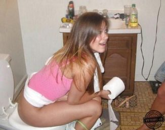 tube8 Teen Girls On Toilet Pants Down