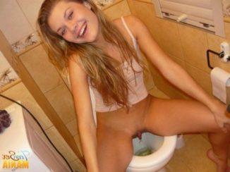 tube8 Teen Girls Pissing On Toilet