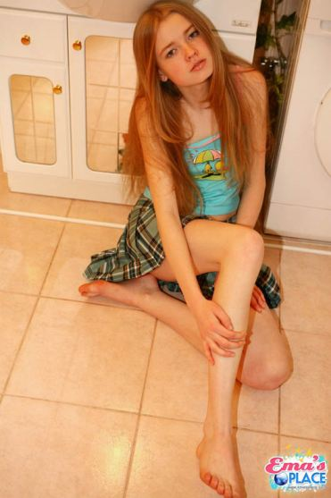 tube8 Skinny Young Teen Girls Facial