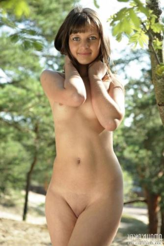 Young Teen Nudists Young Girl