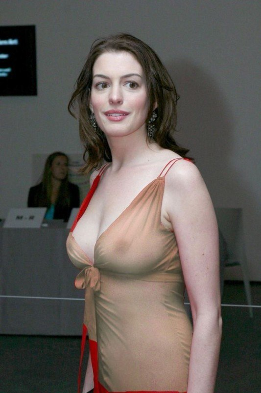tube8 Hollywood Actress Anne Hathaway Sexy Hot Top HD Wallpapers