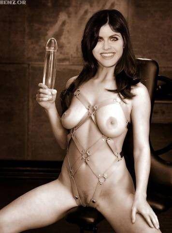 tube8 Alexandra Daddario Naked Sexy Ass Scene