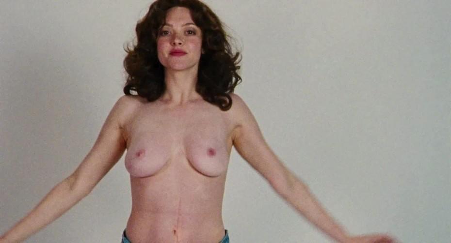 tube8 Naked Teen Amanda Posing Outside