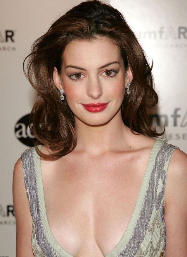 tube8 Anne Hathaway Naked Photos