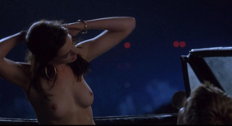 tube8 Anne Hathaway Naked Sex Scene Boobs Havoc