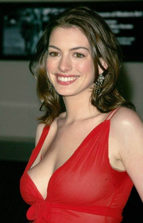 tube8 XXX Anne Hathaway Naked Actress White Big Boobs Pictures