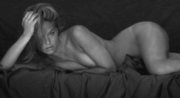 tube8 Bar Refaeli Nude In Bed