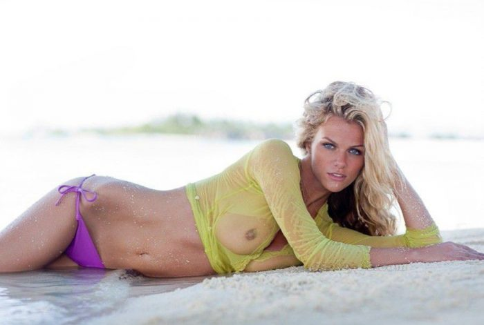 tube8 Brooklyn Decker Naked Topless See Through Sexy Photo