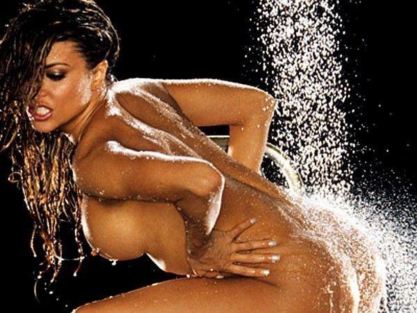 tube8 Carmen Electra Naked Body In Playboy Photoshoot