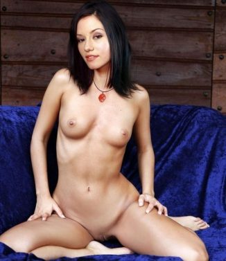 xvideos, tube8, masturbating Chyler Leigh Looking Hot Masturbating XXX Videos
