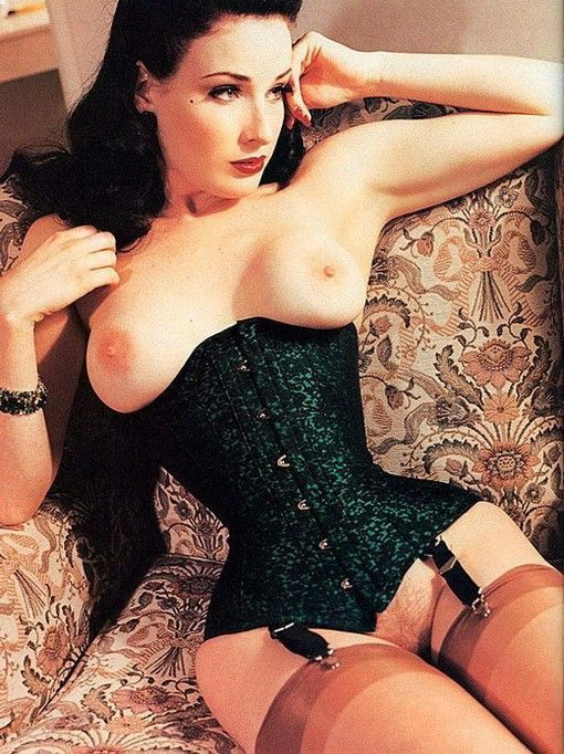 Dita Von Teese Nude Hairy Pussy