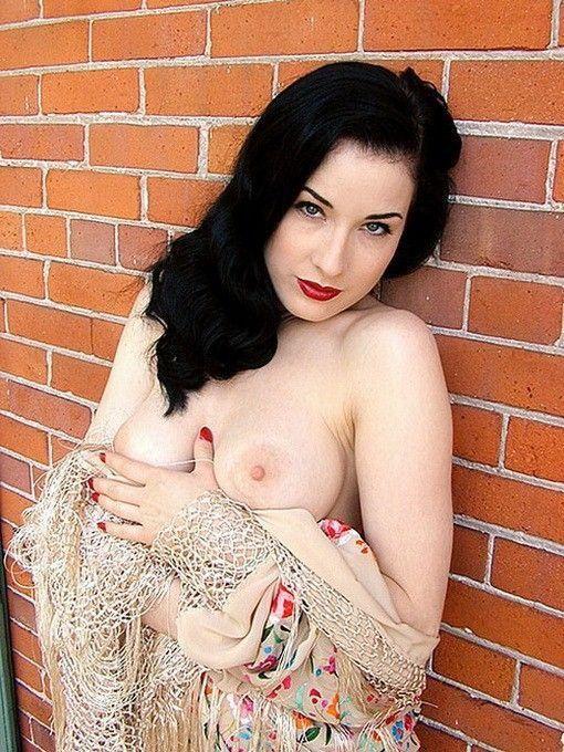 tube8 Mila Kunis Nude Tits Small Nipples