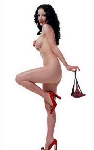tube8 Dita Von Teese Nude Tits Posing Without Bra