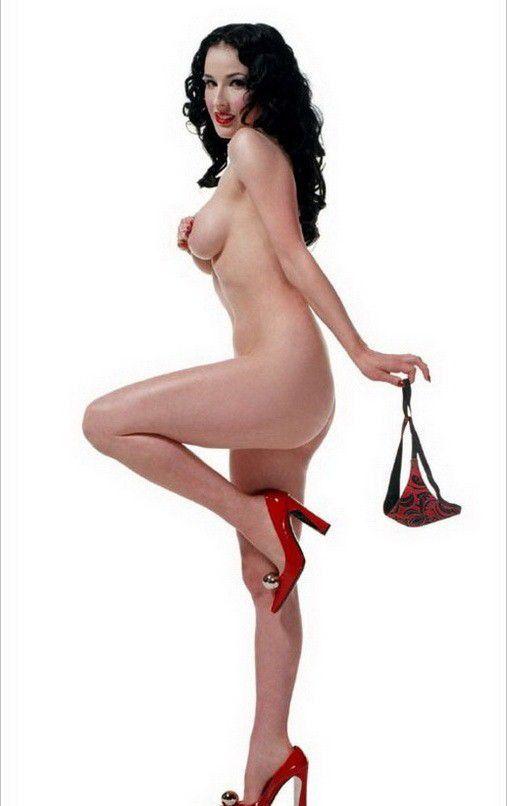 tube8 Dita Von Teese Nude Huge Tits Nipples