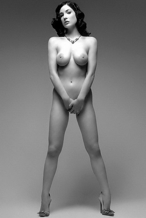 tube8 Dita Von Teese Nude Tits Sexy Photos