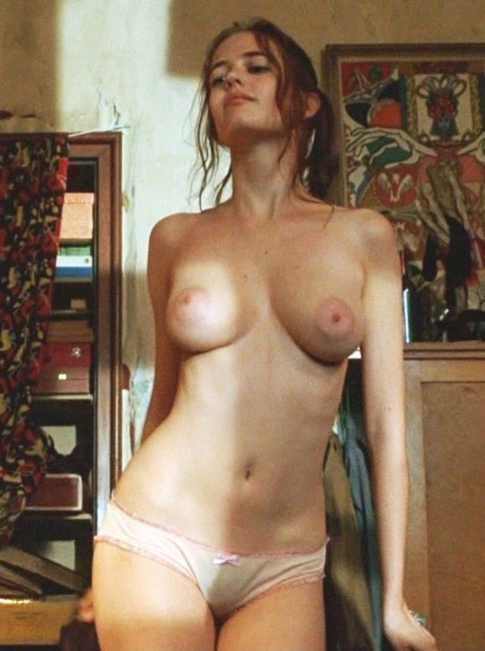 tube8 Eva Green Topless Nude Pics