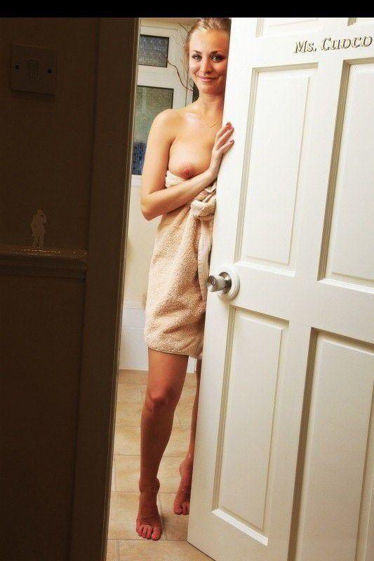tube8 Naked Celebrity Kaley Cuoco