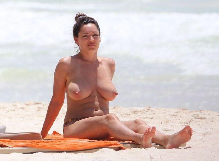 tube8 Kelly Brook Huge Breasts Nude Topless
