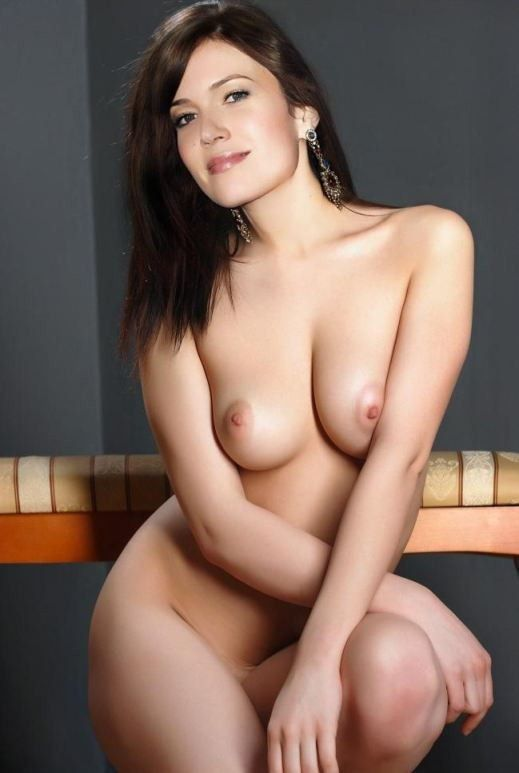 tube8 Mandy Moore Nude Actress Naked Boobs Nipples Pics