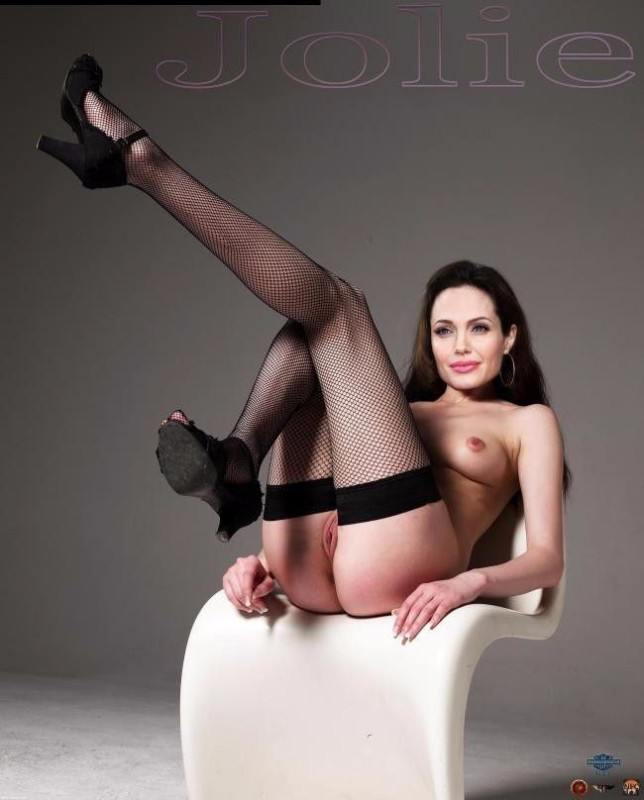 Naked Celebritys Angelina Jolie