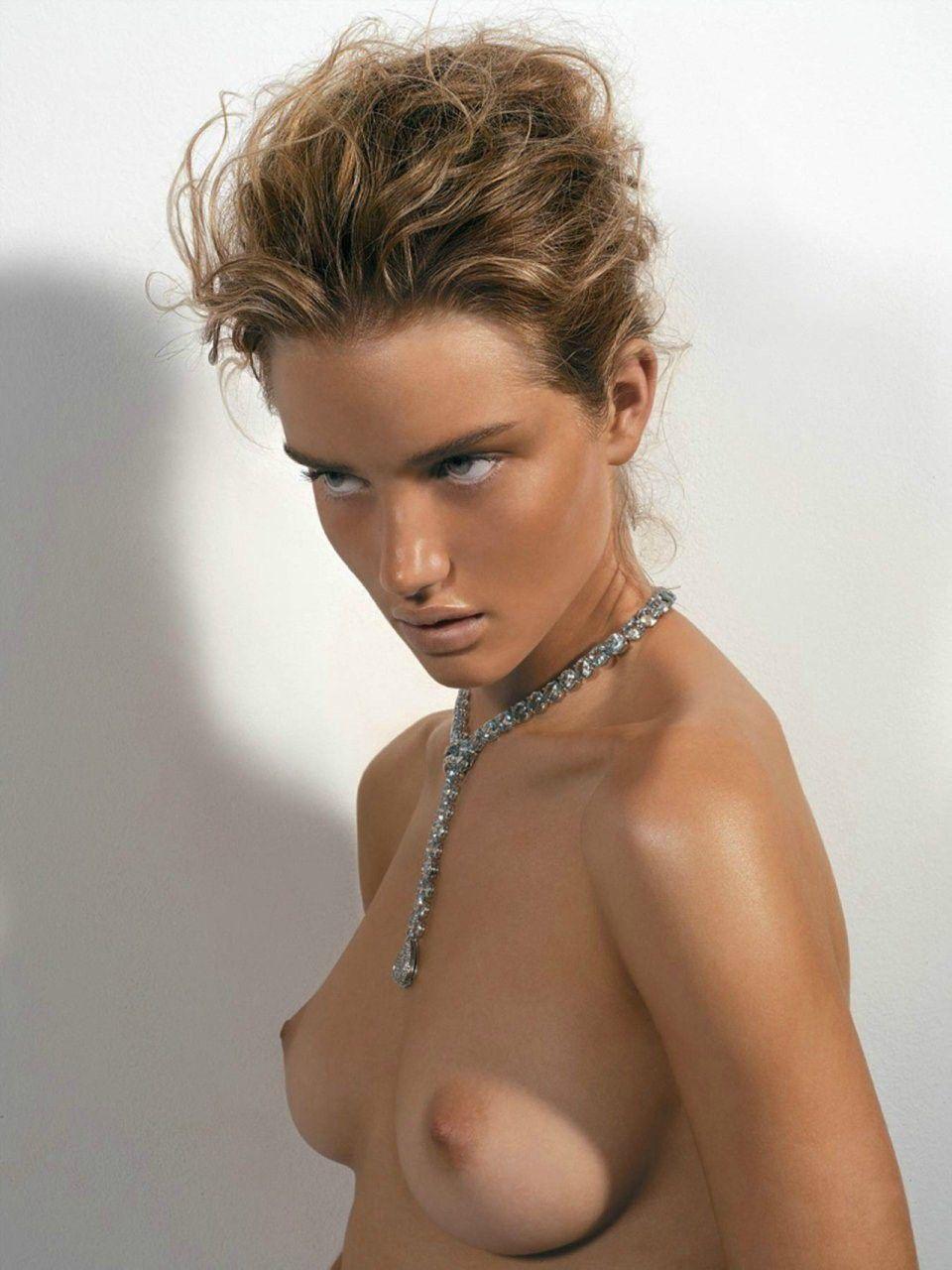 tube8 Rosie Huntington Whiteley Nude Photo Shoot