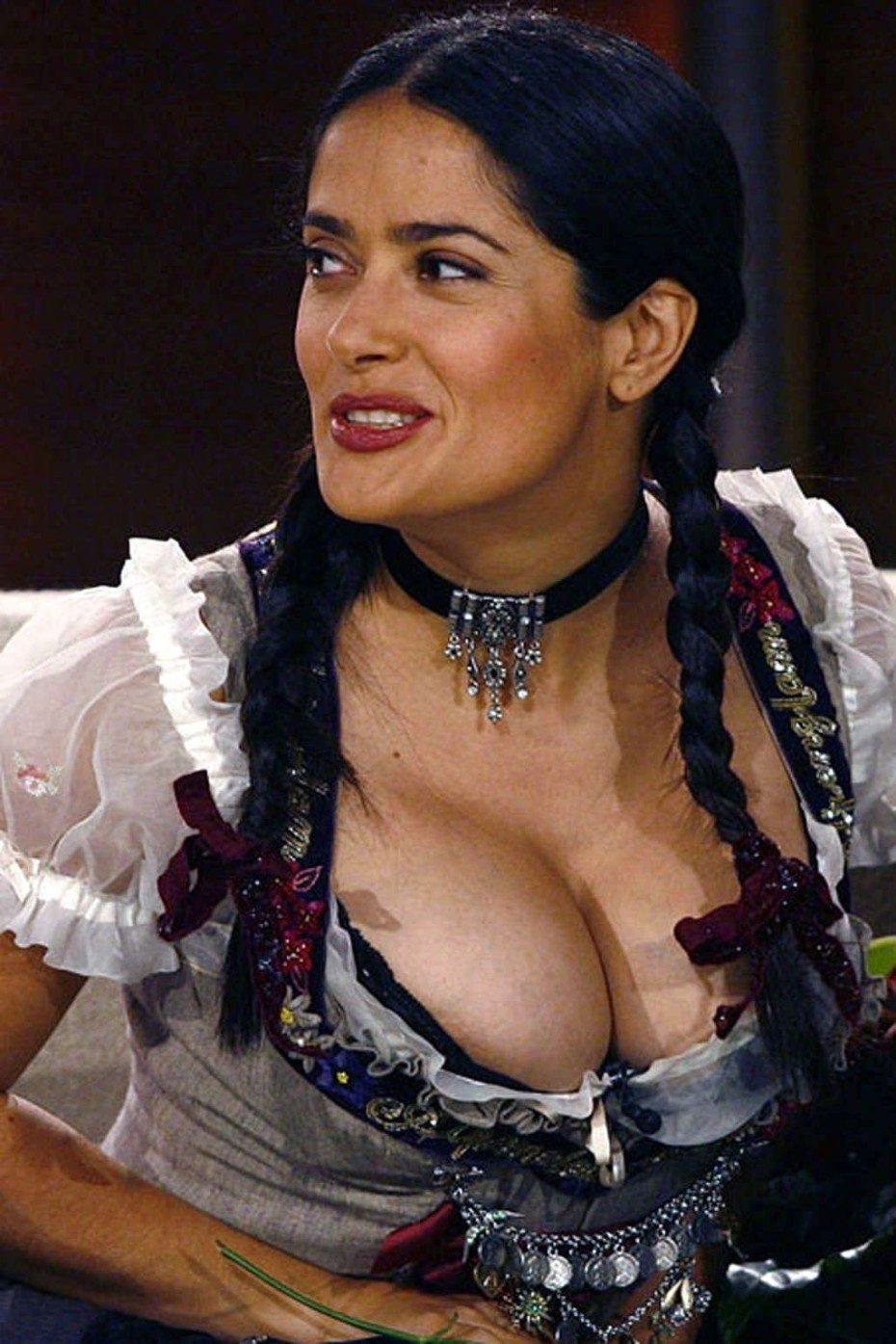 Salma Hayek Hot Cleavage Big Boobs
