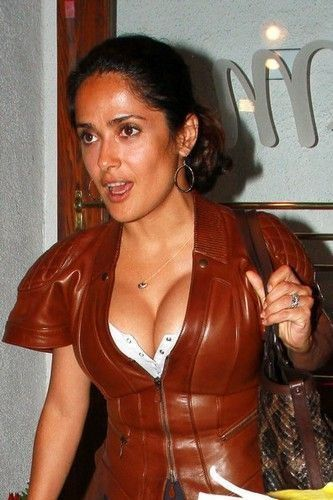 tube8 Salma Hayek Topless Transparent Photo
