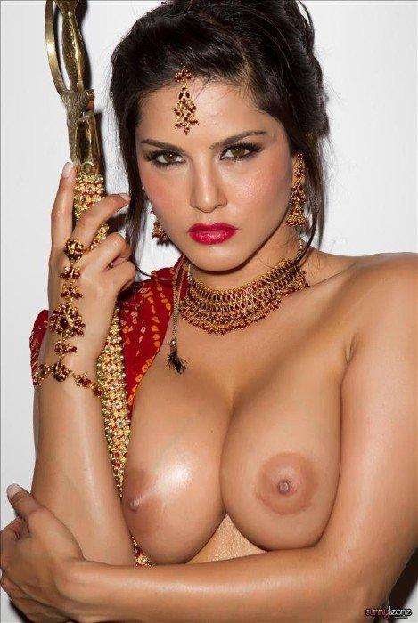 tube8 Sunny Leone Naked On Bed