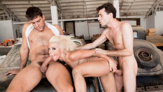 hardx, extremetube Anikka Albrite In 'Cum Extraction', Scene #01
