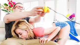 tubedupe, only-teen-blowjobs The Gamer Girl, Scene #01