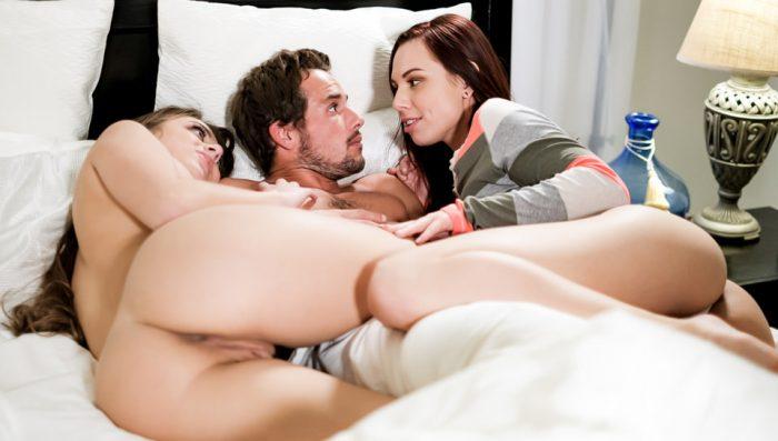 eroticax Midnight Threeway